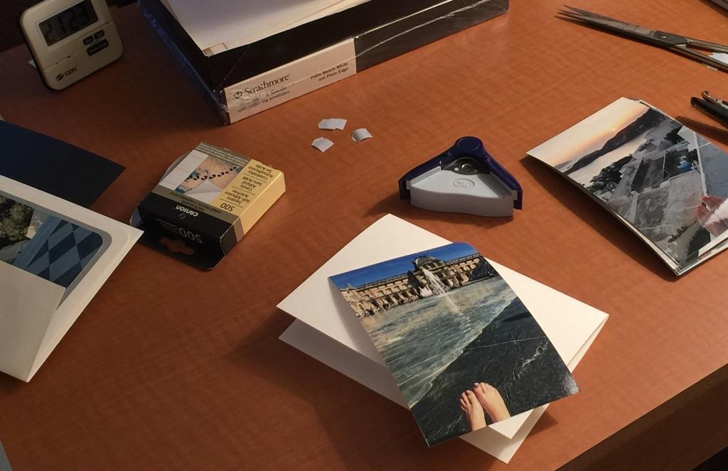 making-photo-greeting-cards-image