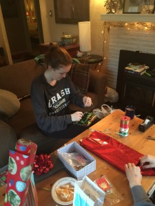 harl-wrapping-presents